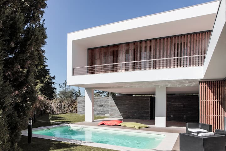 Fabulous family villa in Meco beach, Sesimbra