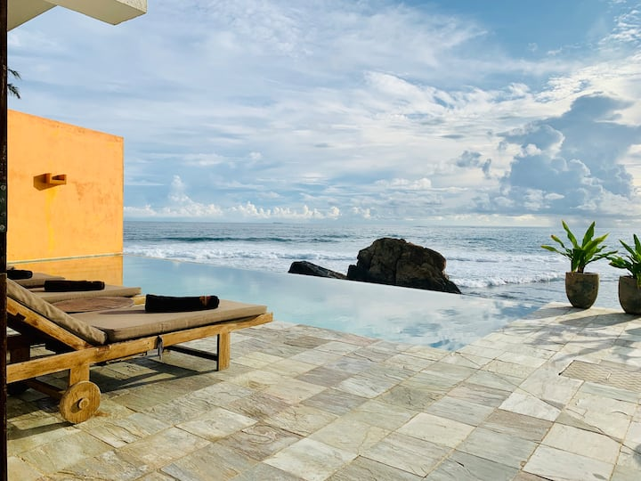 Thambilli Beach House