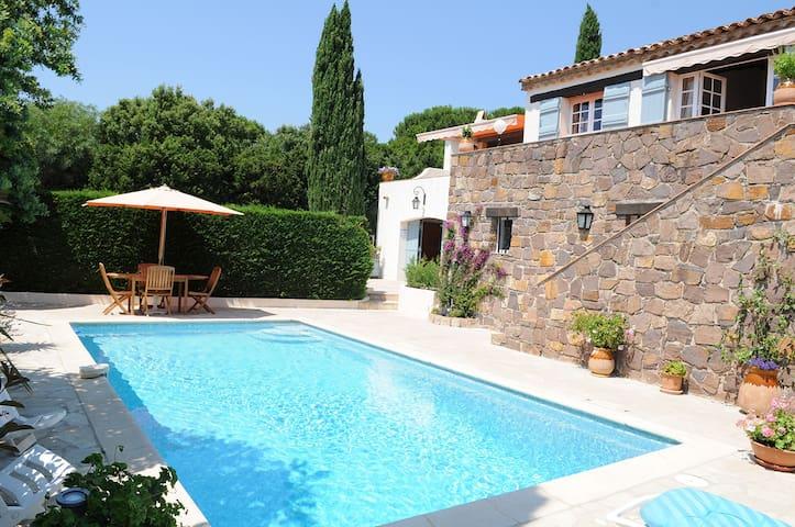 Provencale villa,sea views, swimmin - Cavalaire-sur-Mer - Villa