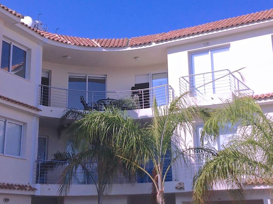 top floor balcony area
