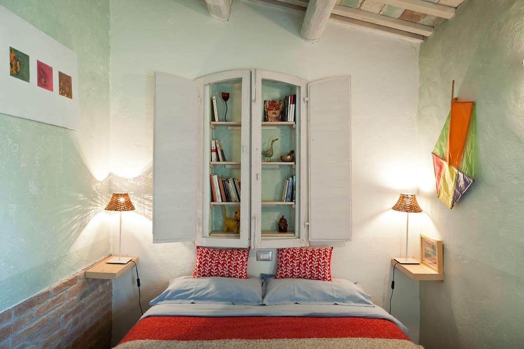 Cozy room in villa, near the sea