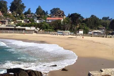 Casa patrimonial, pasos de la Playa - Las Cruces - Дом