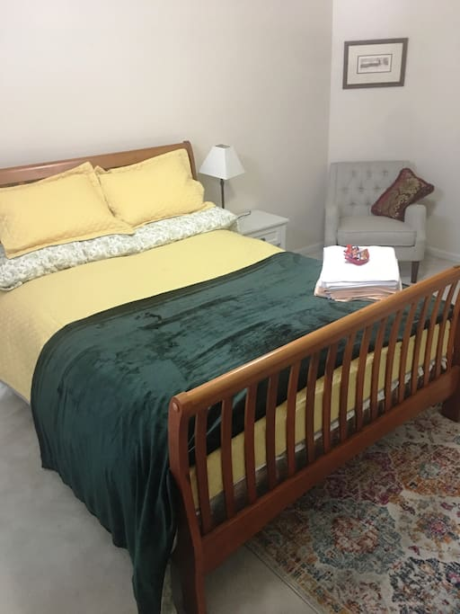 Comfortable - X Large Bedroom