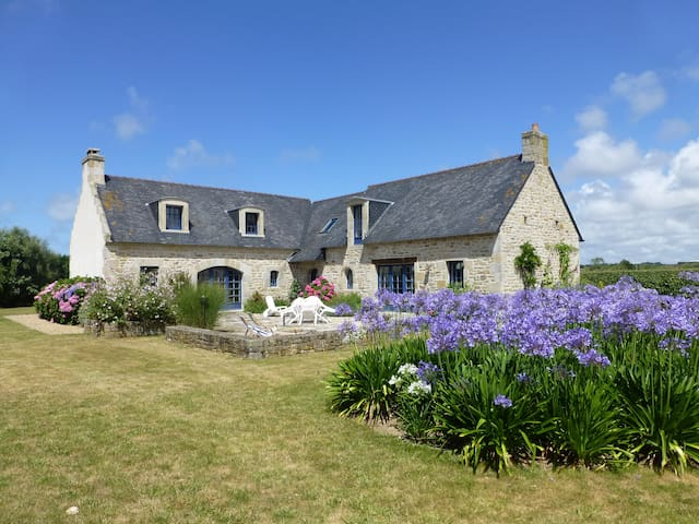 Beautiful home near seaside - Plonéour-Lanvern - Hus