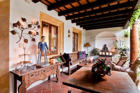 Casa Colibri - Beautiful House - Antigua Guatemala - House