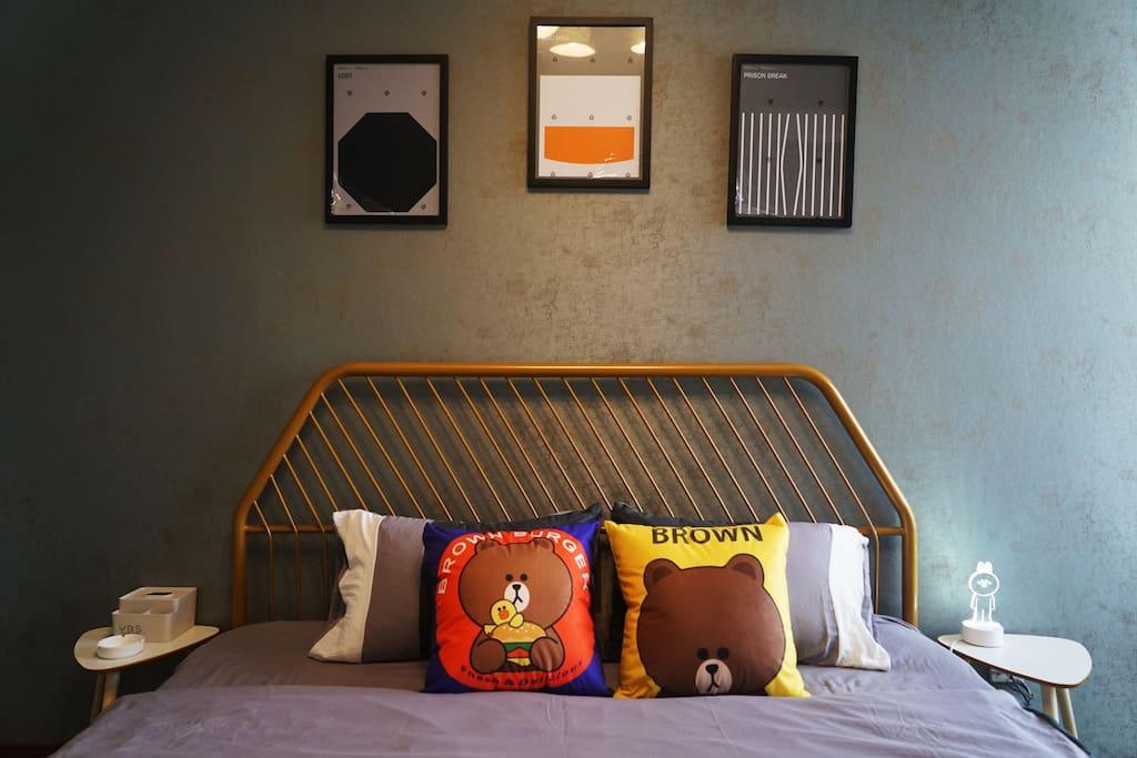 1002房间