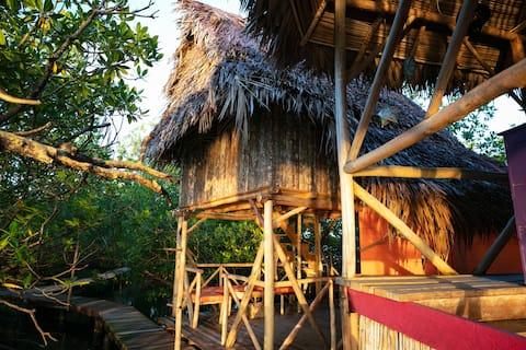 Honeymooner's Hut