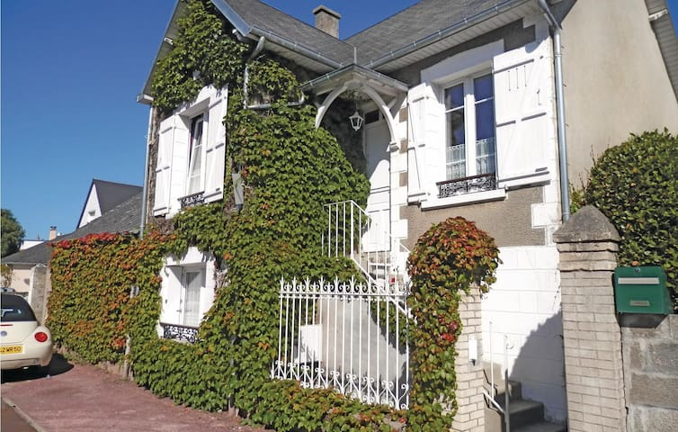 Holiday cottage with 3 bedrooms on 80 m² in Agon-Coutainville