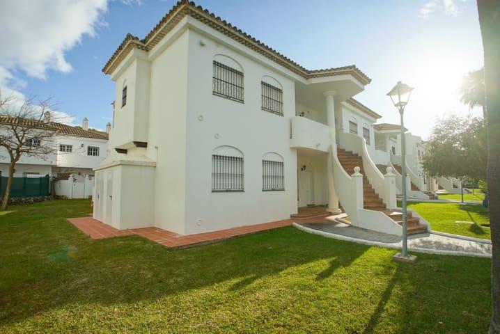 Apartamento en La Barrosa, urb. Pinar dl Atlántico