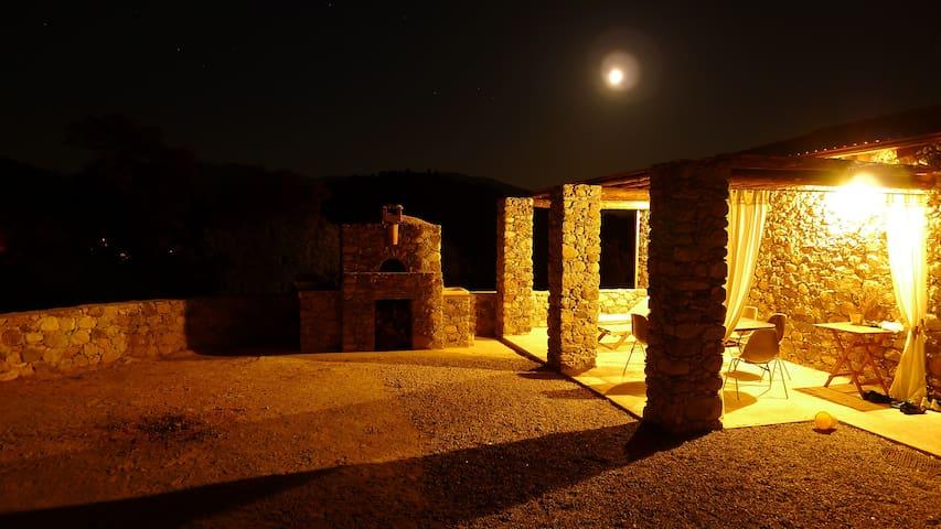 MAISON EN PIERRE GORGES DE L'ASCO - Moltifao - Huis