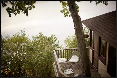 Camp Wandawega: Lakeview 3 Bedroom Cabin