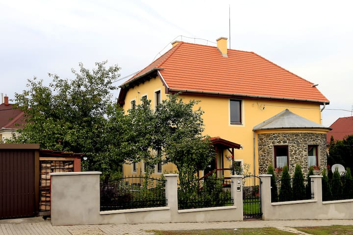 Two-room apartman with garden and p - Eger