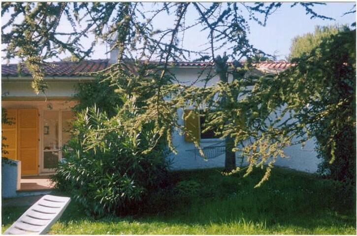 Villa al Taunus - Marken - Villa
