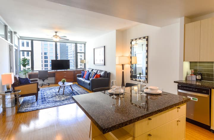 Downtown Dallas Great Value 1BR Apt