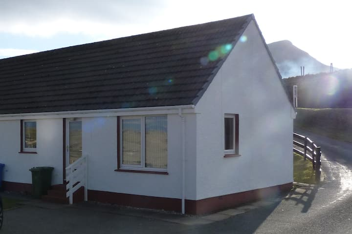 Gairloch View Holiday Cottages -ANMARA