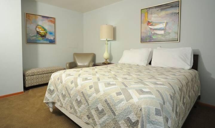 The Beachcomber Lexington - Standard Room