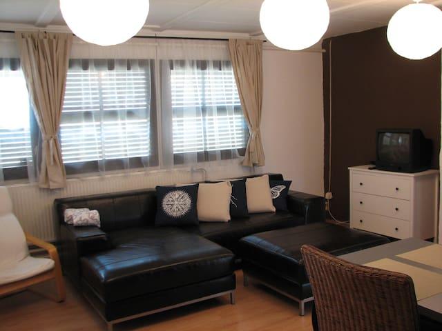Bakony Pihenő apartmanház,Hungary - Bakonyszentlászló - Casa