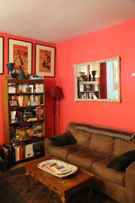 Living room side of the Livingroom / Kitchen