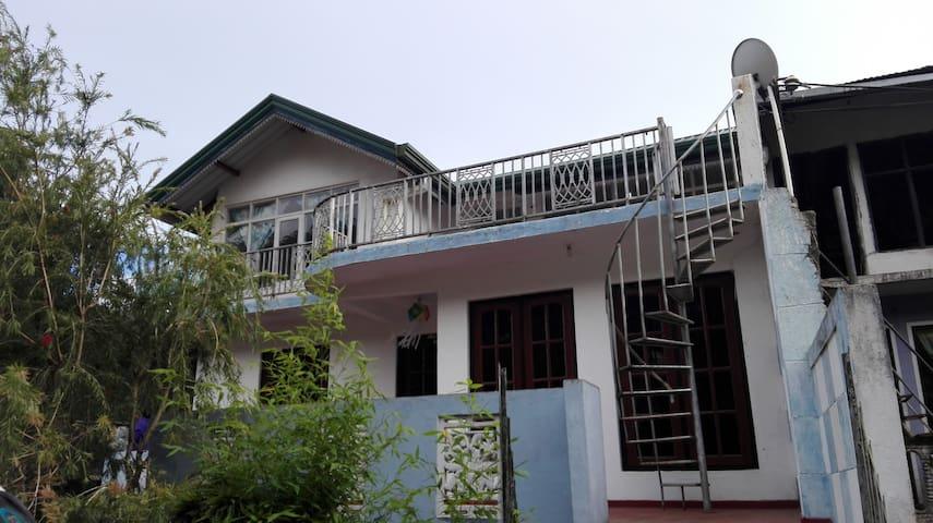 Piyasena's Homestay Nuwara Eliya City - Nuwara Eliya - Huis