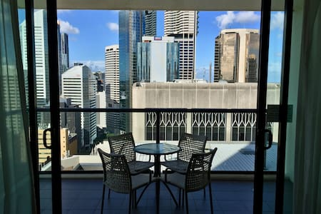 Two bedroom apartment in the heart of Brisbane - ブリズベン