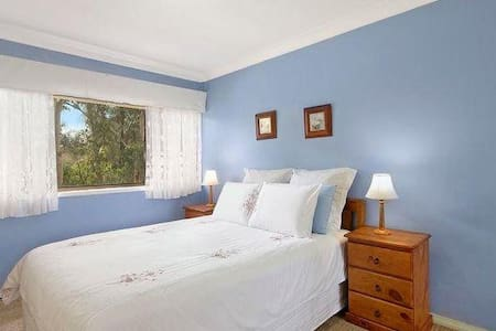 Deluxe Room for couple or family - Marsfield