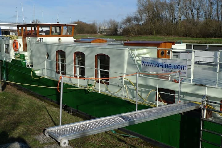 Barge Johanna (twin bed) - Brujas - Barco
