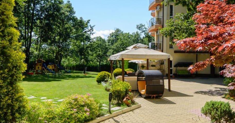 Апартаменты в Sunrise Hotel Primorsko