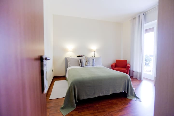 Double Room | Rooms Rent Vesuvio