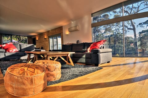 The Loft ~ Luxury & Stunning Views