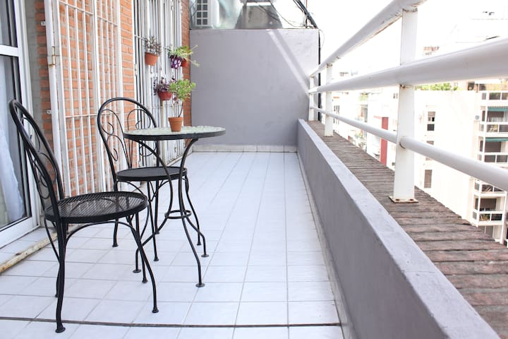 Spacious apartment & Terrace in Recoleta!