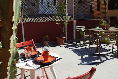 Penthouse,private terrace,town Palma.A/C & WiFi - Palma de Mallorca