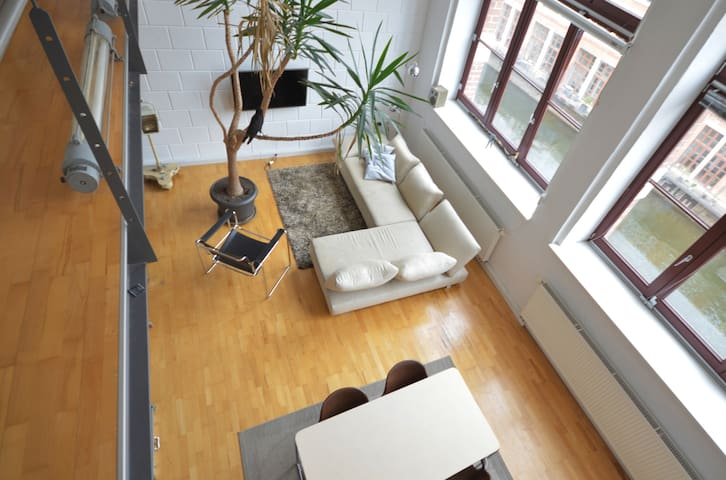 Industrial loft with riverview