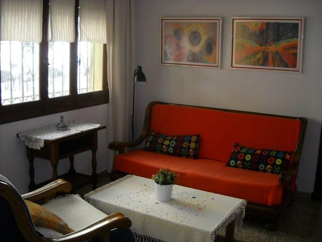 0510.Casa frente puerto deportivo - Fuengirola - Casa
