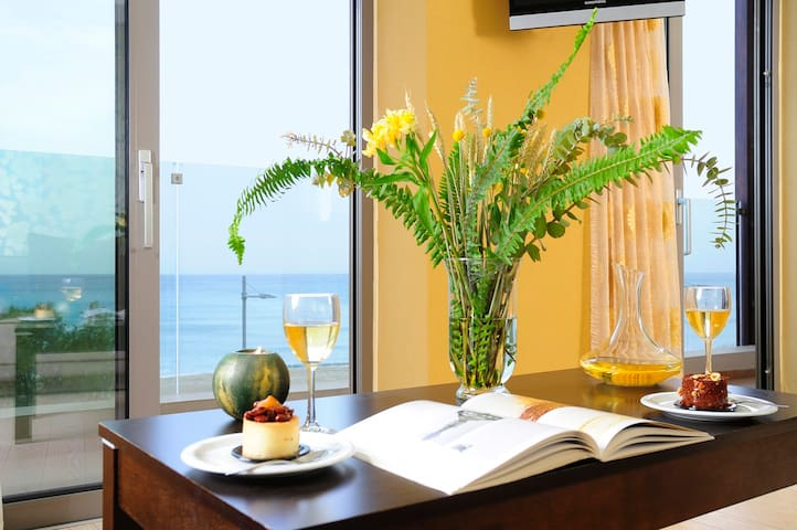 Steris Hotel - Junior Suite with Sea View