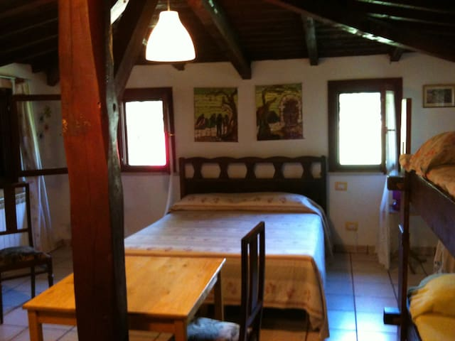 B&B Valmontone  -  Lightly room - Cueva