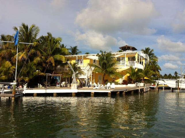 Sunset Villas on Conch Key in the Beautiful FLKeys - Marathon - Apartament