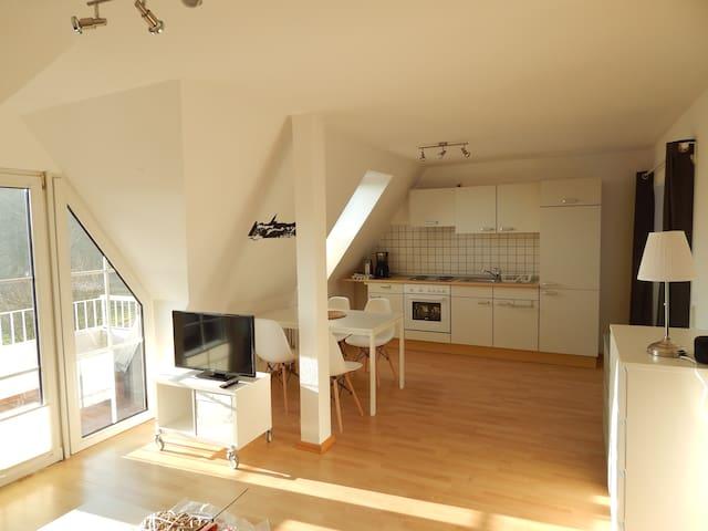 Gemütliche 1 Zimmerwohnung mit Blick aufs Wasser - Harrislee - Apartamento