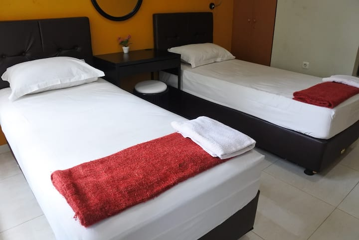 A1: Superior Twin Room – 2 Single Bed