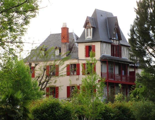 Dordogne Valley 15p character gite