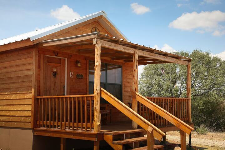 Rockview Cabin 5 | Spectacular Views of Enchanted Rock!