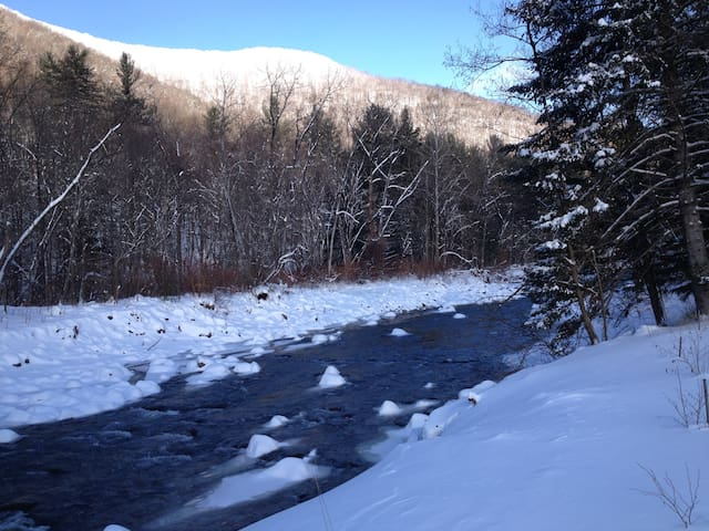 Sanctuary by the Stream - lower winter prices