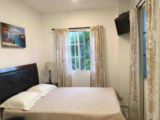 ADDITIONAL ROOM: Small bedroom with private bathroom accessible without climbing stairs. This bedroom can accommodate 2 people and is available for use if your group is of more than 13 people. The additional cost is US$60/night.
