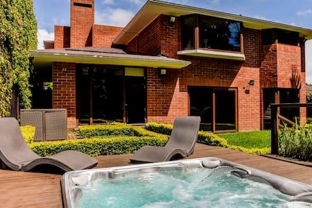 Green, Luxury House 🌳 Áreas Satinizadas Covid-19 😷