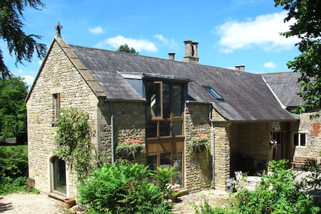 The Old Rectory Retreat, spacious luxury seclusion