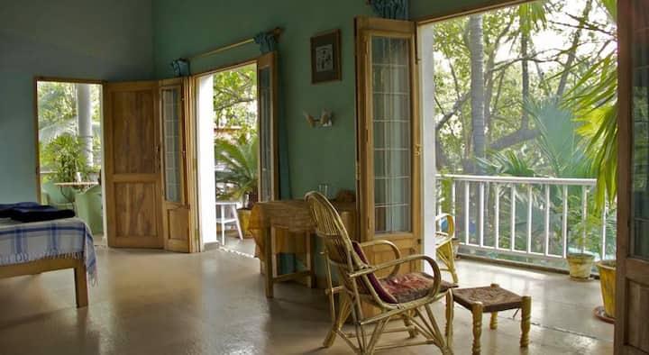 The Blue Room @ Michèle's Garden