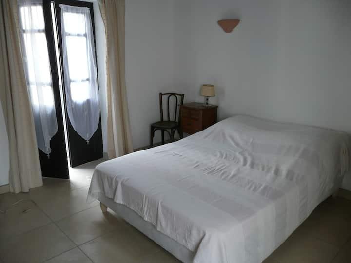 Maison à Vico refaite 15mn plages de Sagone- WIFI-