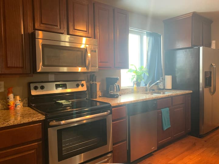 Private One Bedroom Apartment in Downtown Cheyenne