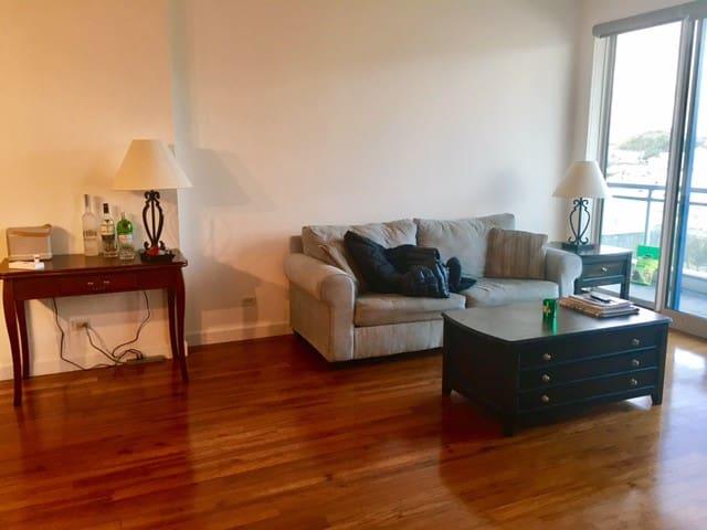 Park Place Luxury - Hamilton - Appartamento