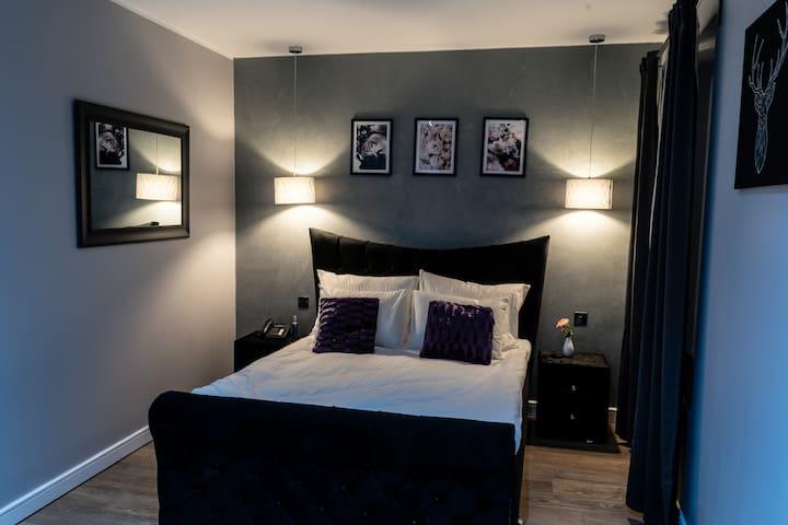 The Villare Hotel - Room 5