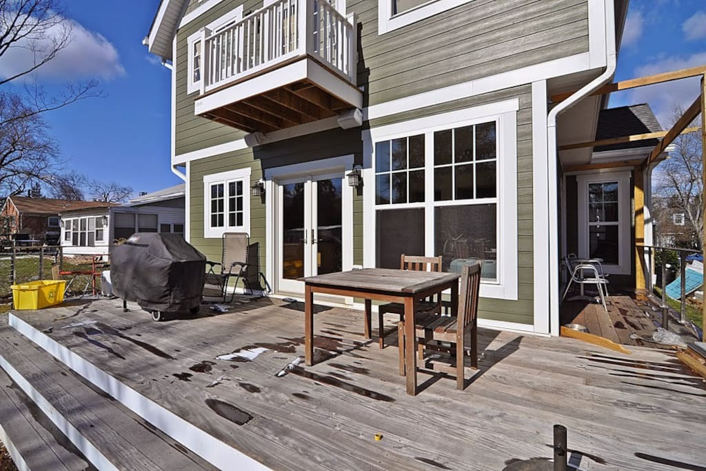 View of the back deck, where you have use of the gas grill.